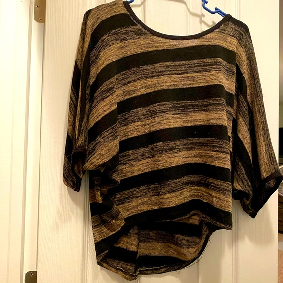 Body Central short sleeve sweater